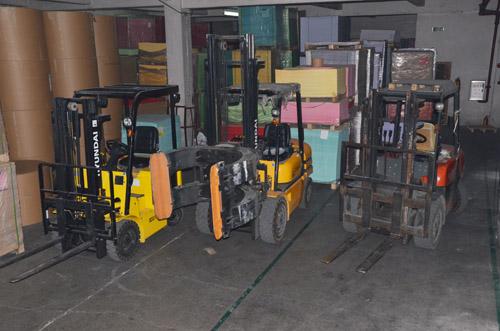 工厂叉车装备